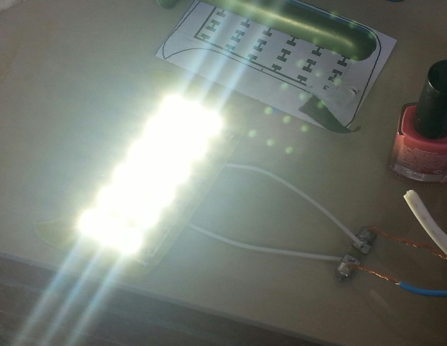 схема источника тока 12в светодиодов