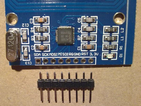 Распиновка считывателя бесконтактных карт - радио меток RFID RC522