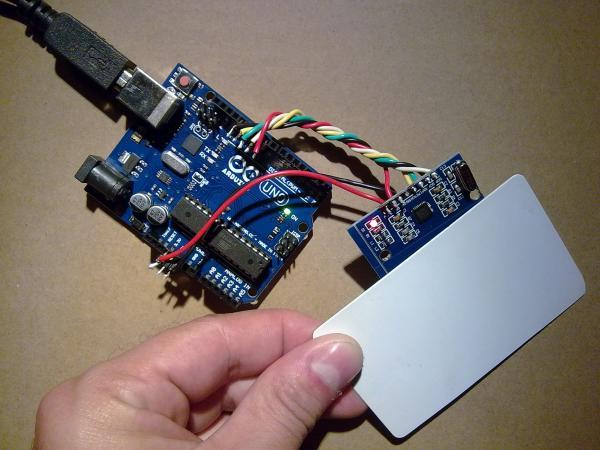 Считывание информации с бесконтактной карты радио-метки считывателем RC522