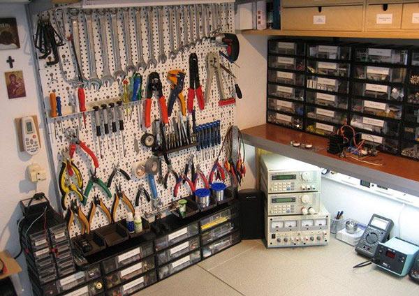 Рабочие место для радиолюбителя