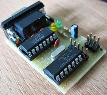 Программатор выполнен на микросхемах MAX3232 и PIC16F1825.Схема очень простая, однако требует наличия...