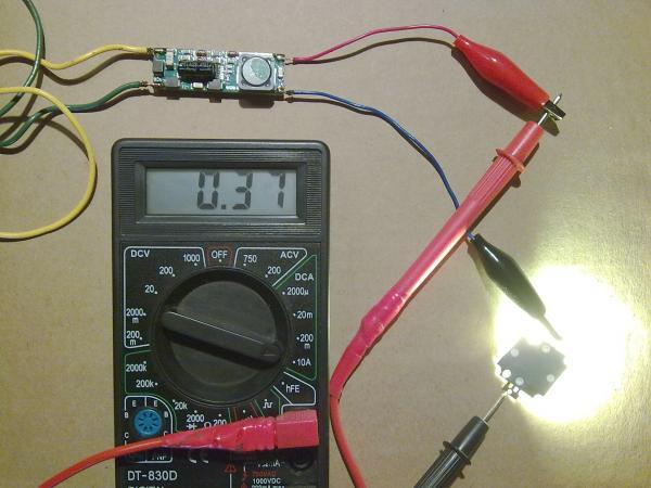 Протекающий через светодиод ток