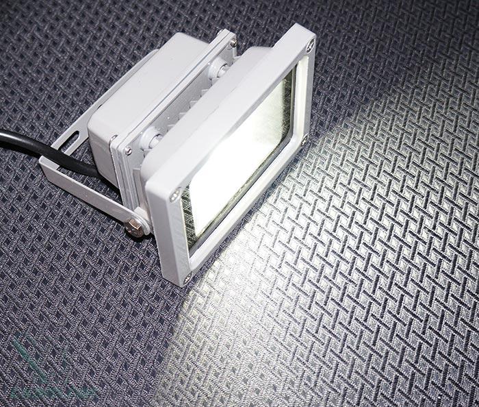 Обзор светодиодного прожектора