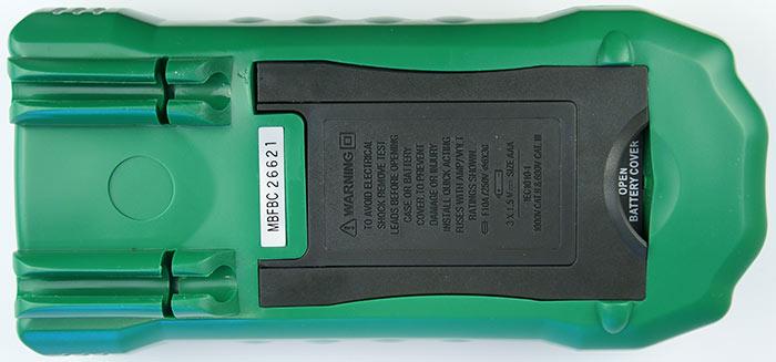 Вид снизу на мультиметр MS-8229