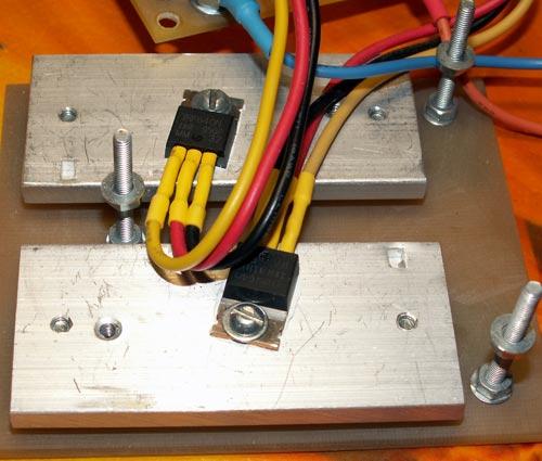 Транзисторы на радиаторах