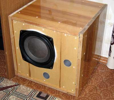 Сабвуфер на 75ГДН1-4 рассчитанный в JBL SpeakerShop.