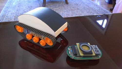 Робот управляемый акселерометром