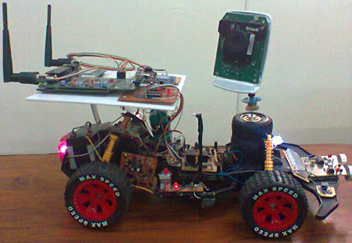 Wi-Fi робот с видеотрансляцией